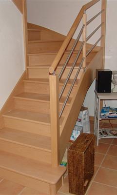 escalier bois cyrus gamme classic escaliers bois bretagne smt escaliers bretagne. Black Bedroom Furniture Sets. Home Design Ideas
