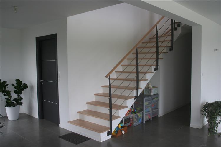 Escaliers Bretagne - Fabrication sur mesure et vente escalier ...
