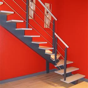 gamme classic escaliers bois bretagne smt escaliers bretagne. Black Bedroom Furniture Sets. Home Design Ideas