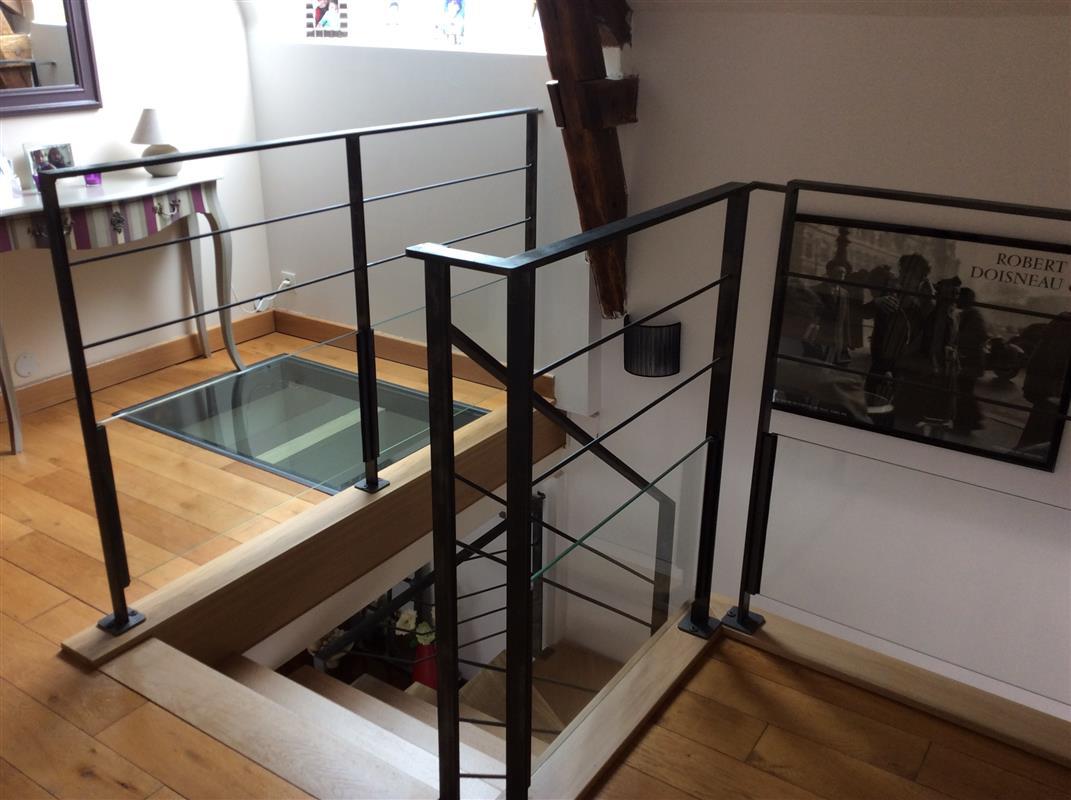 loft gamme tendance escaliers design bretagne smt escaliers bretagne. Black Bedroom Furniture Sets. Home Design Ideas